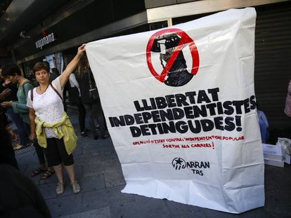 Banner in support of the imprisoned Catalan separatists.