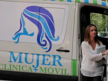 """Far-right politician Gadór Joya has not confirmed how long she has been running the """"Life Ambulance Project,"""" or how many patients she has persuaded to go forward with their pregnancies"""