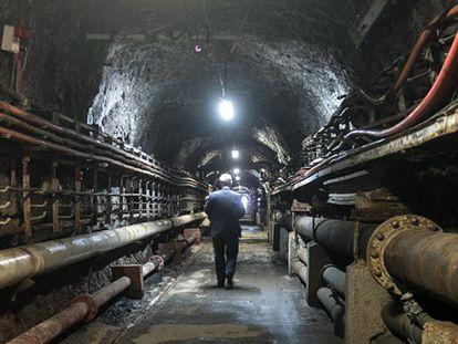 Video: Inside the Gibraltar tunnel (Spanish captions).