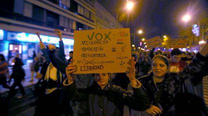 Protest against Vox in Seville.