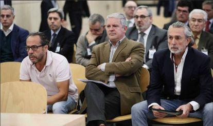 Defendants in the Gürtel corruption case (from left): Álvaro Pérez, Pablo Crespo and Francisco Correa.
