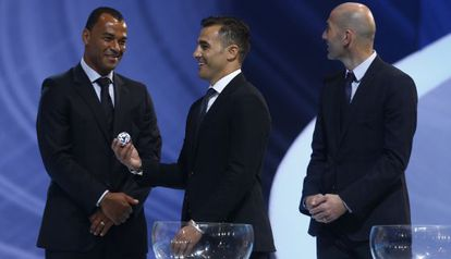 Former soccer Wold Cup winners Cafú, Cannavaro and Zidane during the draw for the 2014 tournament in Brazil.