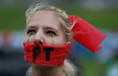 A woman protests against government corruption on November 15.