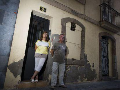 María Sánchez and José Pablo have fallen victim to the scam.
