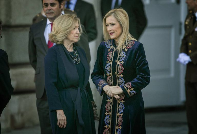 Cristina Cifuentes (r) during a state visit to Spain by the Portuguese president, Marcelo Rebelo Da Sousa.