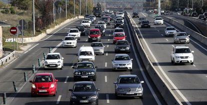 Motorists on a highway to A Coruña.