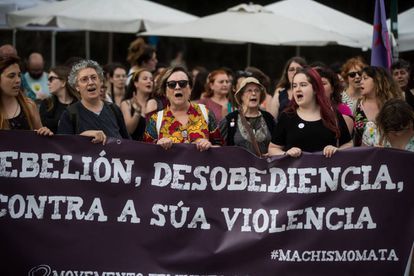 A protest in Galicia against the decision to release the members of La Manada.