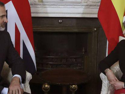 Felipe VI and Theresa May at 10, Downing Street.