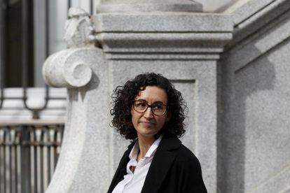 ERC politician Marta Rovira leaves the Spanish Supreme Court.