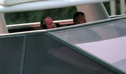 King Juan Carlos (l) on board the most recent Fortuna yacht.