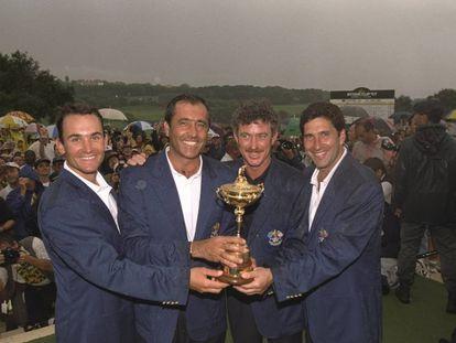 Ignacio Garrido, Seve Ballesteros, Miguel Ángel Jiménez and Chema Olazabal with the 1997 Ryder Cup trophy.