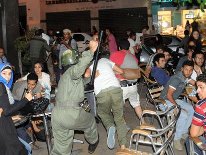 Moroccan riot police violently quell protests in Rabat after Galván's release.
