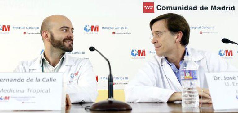 Fernando de la Calle (left) and José Ramón Arribas, two of the doctors who treated nursing aide Teresa Romero.