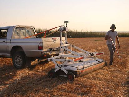 The ground-penetrating radar used in 2017 to uncover the ancient Punic port of Doña Blanca.