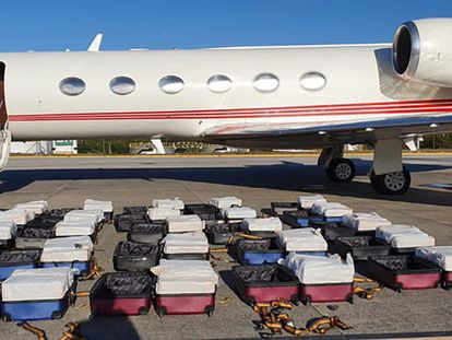 The plane had been carrying 1,304 kilos of cocaine.