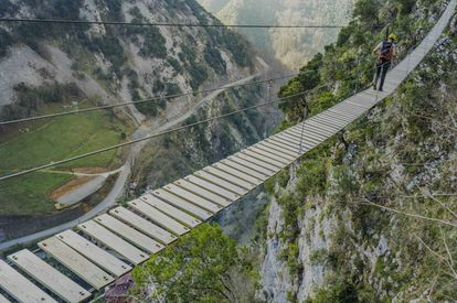 This is one of eight Tibetan bridges in Vidosa Multiaventura adventure center in Ponga.