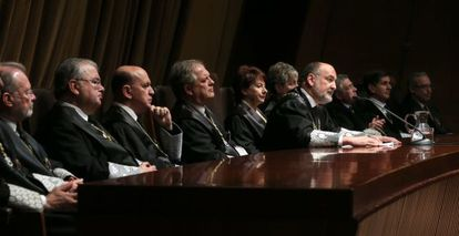 The president of the Constitutional Court, flanked by other magistrates, in a recent photo.