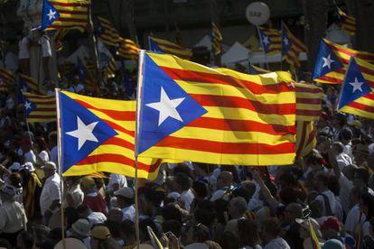 Catalan pro-independence 'estelada' flags.