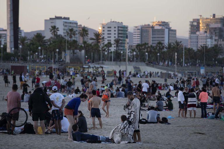 Beachgoers on Friday at the Mar Bella beach in Barcelona.