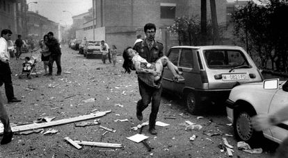 The aftermath of an ETA attack on the Civil Guard in Vic.
