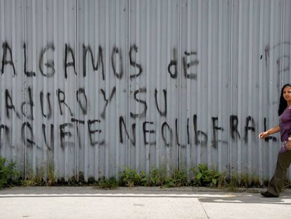 """Graffiti in Caracas, reading: """"We don't want Maduro or his neo-liberal package."""""""