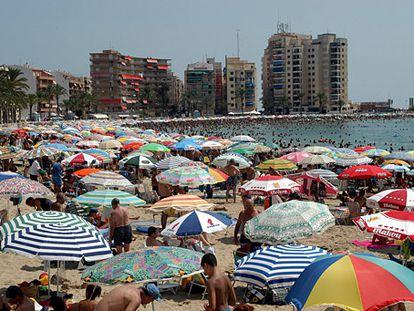 Los Locos beach in Torrevieja (Alicante).