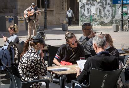 A sidewalk café in Valencia on March 23.