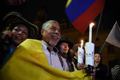 Colombians celebrating the signing of the peace accord.