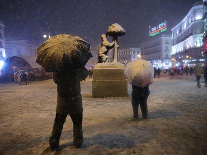 Snow in Madrid's central Puerta del Sol.