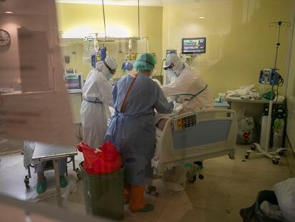 The intensive care unit at the Gregorio Marañón hospital in Madrid, in April.