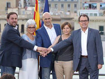 Left to right, Junts pel si leaders Oriol Junqueras, Muriel Casals, Raül Romeva, Carme Forcadell and Artur Mas