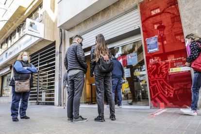 An unemployment office in Valencia.