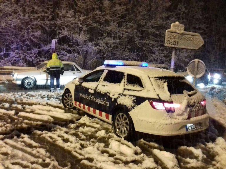 A Catalan police patrol car in Girona.
