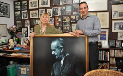 Astor Piazzolla's widow Laura Escalada and his grandson Daniel Villaflor Piazzolla, in the family home in Buenos Aires.