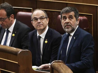 From l-r: Josep Rull, Jordi Turull and Jordi Sànchez in Congress on Tuesday.