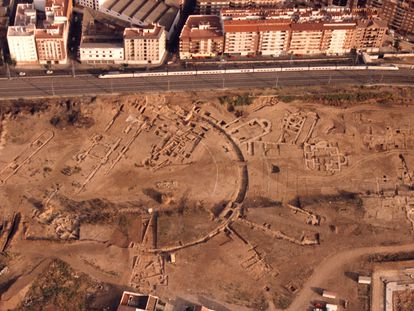 Aerial view of the palatial area at Cercadilla on May 22, 1991, two days before the bulldozers moved in.