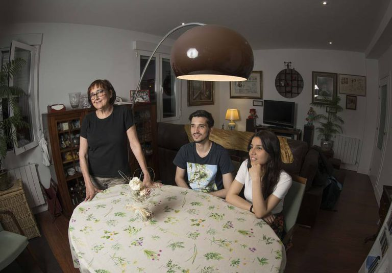 From left to right, Visitación Gracia, Reynaldo Homen and Liseth Quint, roommates in the Prosperidad area of Madrid.