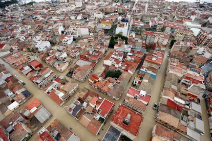 In September, towns like Dolores (Alicante) were completely flooded as a result of a major storm.