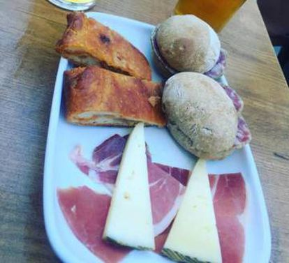 Two beers and this tapa will cost you €2 at O Cabalo Branco in Santiago de Compostela.