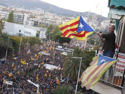 Protest in favor of releasing pro-independence figures from jail.