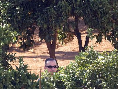 José Bretón during Tuesday's police search of his family estate, Las Quemadillas.