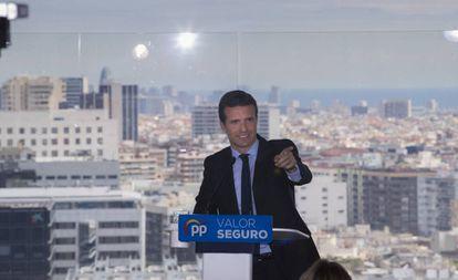 Pablo Casado presenting his electoral program in Barcelona.