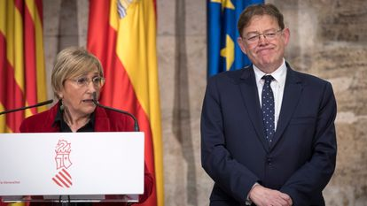 Valencia's regional health chief Ana Barceló and regional premier Ximo Puig in late February.