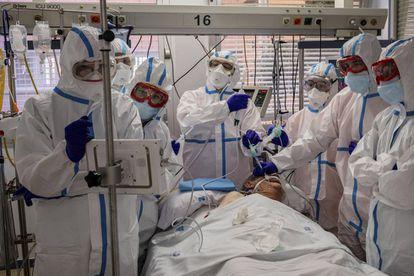 Health workers in Severo Ochoa hospital in the Madrid district of Leganés in December.