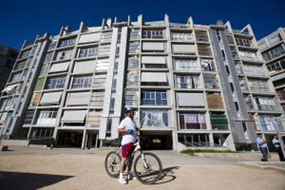 Another social housing block sold to Blackstone.