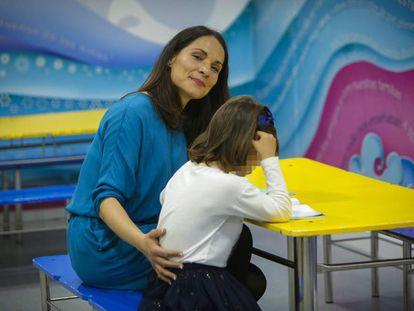 Ana Navarro with her daughter María, born Mario, in Valencia.