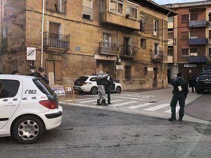 """Civil Guard officers warn dozens of residents in Haro that they have been put under """"active surveillance."""""""