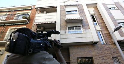One of the buildings in Pinto searched on Tuesday as part of a raid against jihadism.